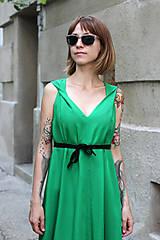 Šaty - Sexi letné šaty z chladivej viskózy - 10912661_