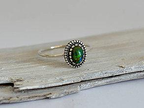Prstene - 925 Strieborný prsteň s prírodným čierným opálom - 10912094_