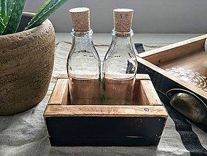 Dekorácie - Debnička s fľaštičkami - 10912968_