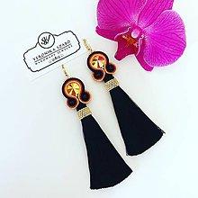 Náušnice - Ručne šité šujtášové náušnice / Soutache earrings -  Swarovski®️crystals (Monika - čierna/oranžová/pink) - 10912261_