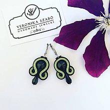 Náušnice - Ručne šité šujtášové náušnice / Soutache earrings - Swarovski®️crystals (Julia - limetka/čierna) - 10912334_