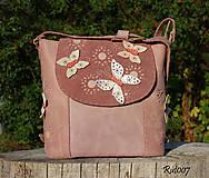 Kabelky - Ručně šitá kožená kabelka Happy butterflies - 10913668_