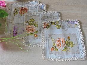 Úžitkový textil - Prestieranie pod kávu-kvety - 10911446_