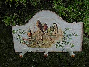 Nábytok - vtáčiky - 10912438_