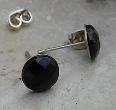 Náušnice - napichovačky čierne - 10915146_