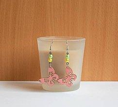 Náušnice - Drevené náušnice - Ružové motýle - 10916081_