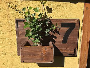 Dekorácie - Rustic tabuľa s číslom domu. - 10914637_