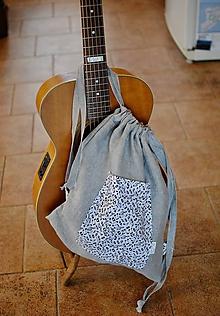 Batohy - Šedý ruksak hudobný - 10916088_