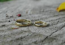 """Prstene - Obrúčky """"Som klasik"""" zlaté - 10917650_"""