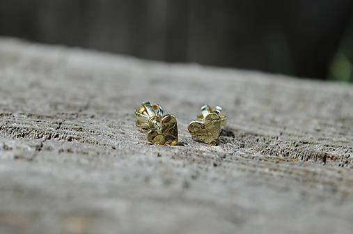 Náušničky ♥♥ tepané srdiečka zlaté