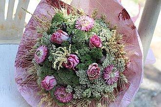 Dekorácie - Sušená kytica z ruží - 10918664_