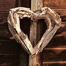 Materiál ručne robený - Drevené srdce - 10917841_