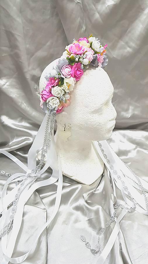 Romantická kvetinová parta