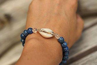 Náramky - Náramok s prírodnou mušľou a minerálmi (Modrý jaspis sezam) - 10917673_