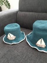Detské čiapky - Hačkovaný klobúčik - 10924368_