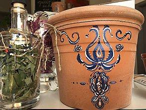 Dekorácie - Terakotový ručne maľovaný črepník - 10923457_