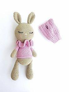 Hračky - Merino zajačik s čiapočkou - 10926947_