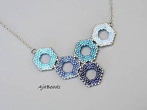 Náhrdelníky - Včelí náhrdelník - modrý - 10928464_