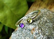 Prstene - Strieborný Prsteň s Ametystom a Olivínom - 10931028_
