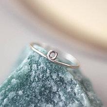 Prstene - Strieborný prsteň so slučkou - 10931300_