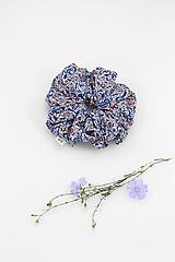 """Ozdoby do vlasov - Blumka - vlasová gumička z modrej kvetinovej bavlny """"Liberty London"""" - 10933812_"""
