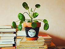 Terakotový kvetináč - Mesiačik
