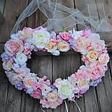 Dekorácie - Svadobné srdce na auto alebo za mladomanželov - 10936076_