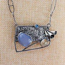 Náhrdelníky - Náhrdelník - brošňa zo striebra - Trúby - 10938139_