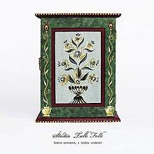 Krabičky - Ručne maľovaná skrinka na kľúče (s folklórnym motívom) - 10936438_