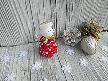 Drobunký roztomilý anjelik ♥️ (červený s bielymi lístkami)