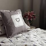 Úžitkový textil - Obliečka na vankúš s ručnou výšivkou - 10940476_