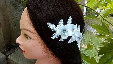 Ozdoby do vlasov - snehobiela čipková sponka + strieborné tyčinky - 10944264_