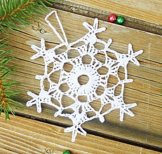 Dekorácie - Háčkovaná ozdoba na vianočný stromček, vločka - 10945397_