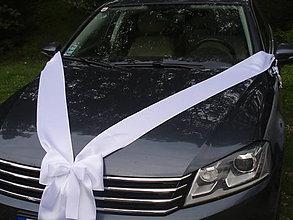 Dekorácie - Saténová výzdoba na auto s mašľou - viac farieb - 10945106_