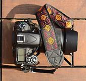 Iné doplnky - Popruh na fotoaparát oranžovo-červený - 10947299_