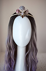 Ozdoby do vlasov - Glitrovaná korunka z mušlí vhodná na festival - 10945820_