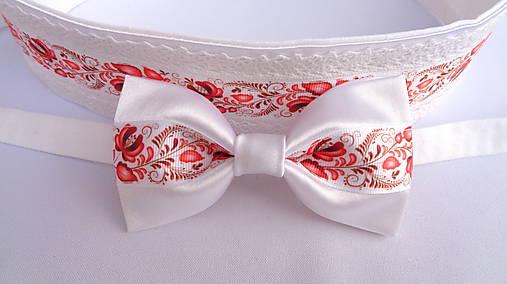 Folklórny červeno biely saténový motýlik - svadobný
