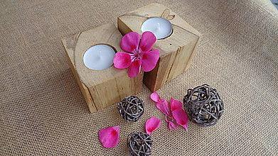 Svietidlá a sviečky - drevený svietnik - 10949791_