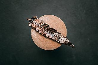 Náhrdelníky - Prívesok papraď patinovaná - 10949575_