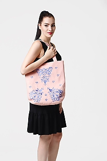 Veľké tašky - Kabelka veľká bledo ružová vyšívaná - 10952578_