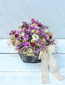 Dekorácie - Košík plný sušených kvetov - 10952509_