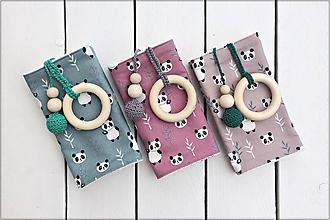 Detské doplnky - Slintáčiky pandy - návleky na ergonomický nosič - 10951819_