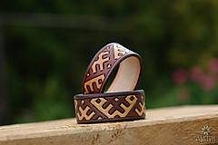 Náramky - Kožený náramok Výšivka - 10950666_