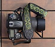Iné doplnky - Popruh na fotoaparát zelený  - 10951143_