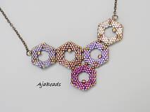 Náhrdelníky - Včelí náhrdelník - fialový - 10953184_