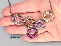 Náhrdelníky - Včelí náhrdelník - fialový - 10953185_