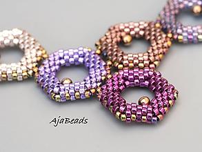 Náhrdelníky - Včelí náhrdelník - fialový - 10953186_