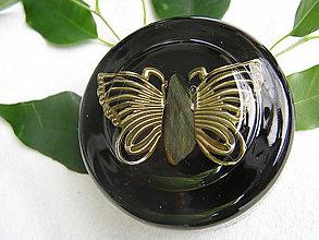 Pomôcky - Orgonity-polguľa motýľ na šungite - 10953656_