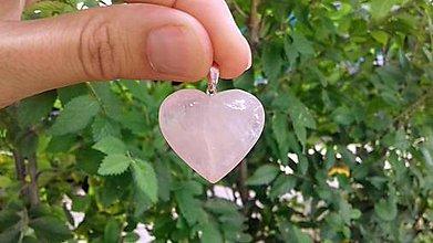 Iné šperky - Prívesok z ruženínu - 10955070_