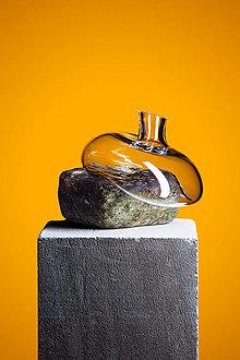 Dekorácie - Brick - Váza s ručne fúkaného skla v kombinácii s prírodným kameňom - 10956496_